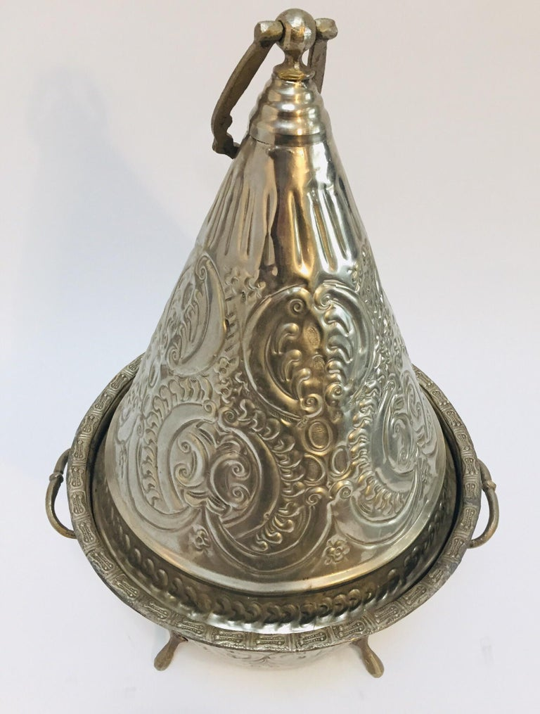 Moorish Moroccan Silver Repousse Plated Serving Dish Tajine with Cover For Sale