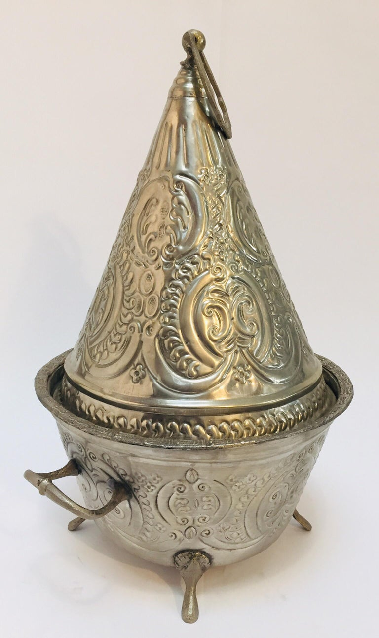 Moroccan Silver Repousse Plated Serving Dish Tajine with Cover For Sale 1