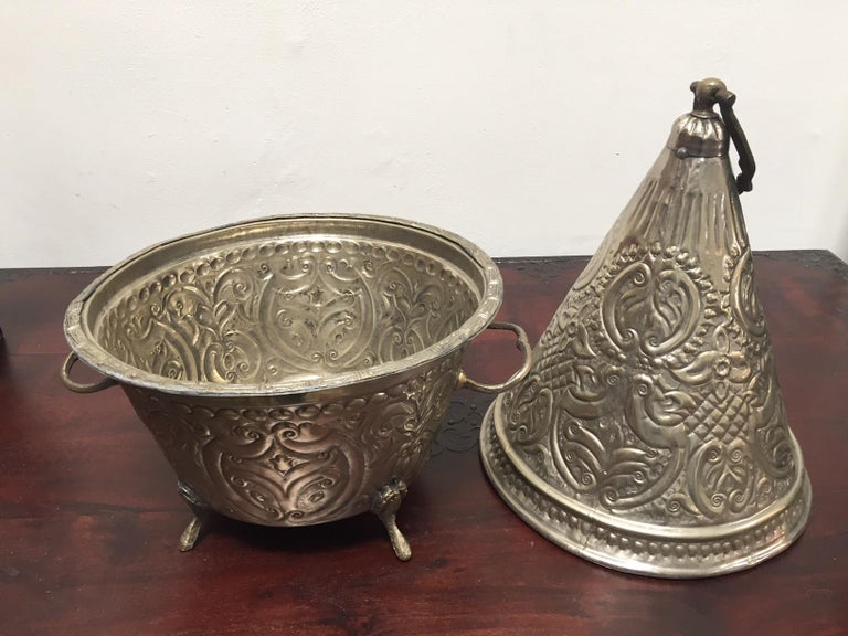 Moroccan Silver Repousse Decorative Dish Tajine with Cover For Sale 2