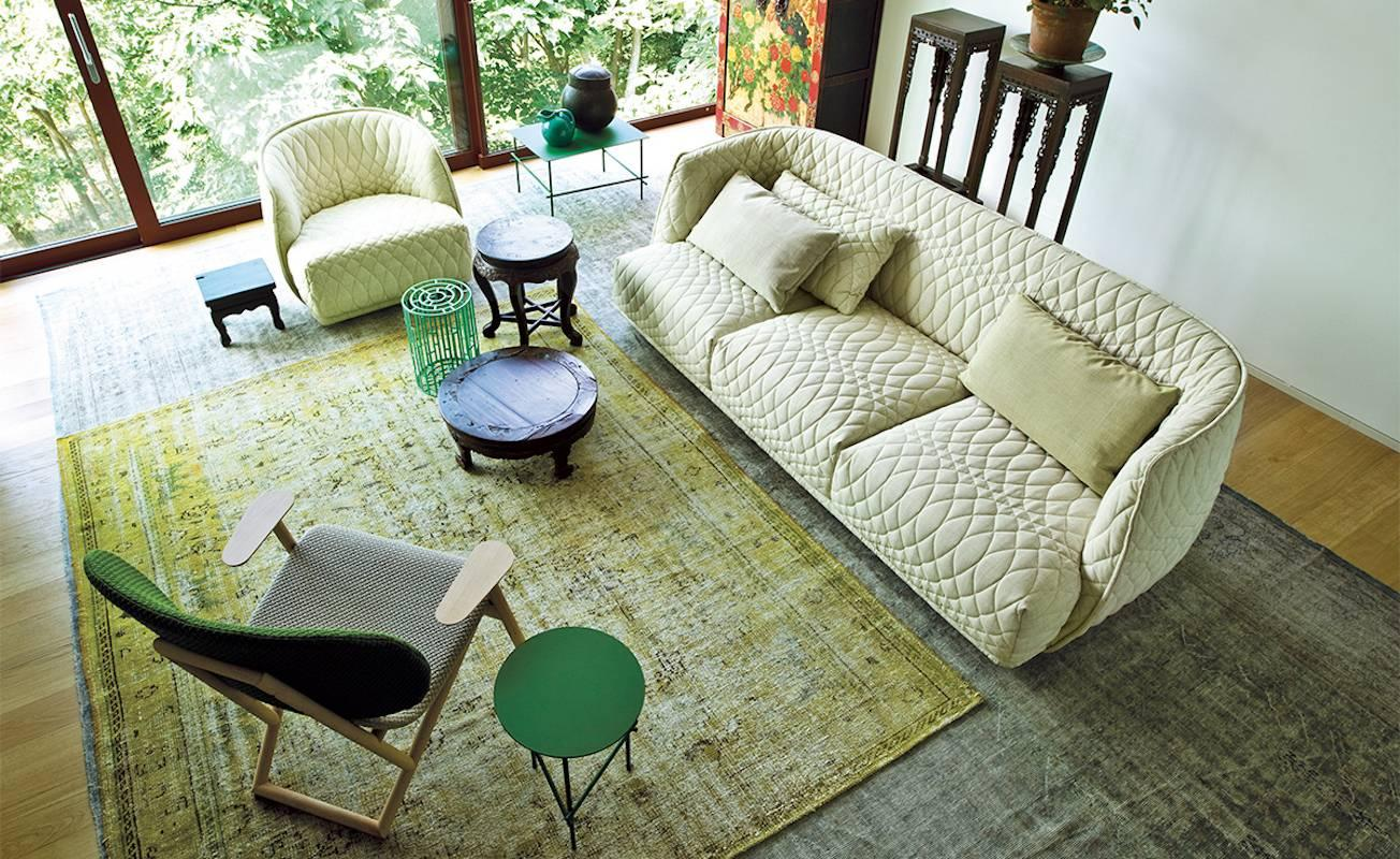 Moroso Redondo Three Seat Sofa In Quilted Upholstery By Patricia Urquiola  For Sale 6