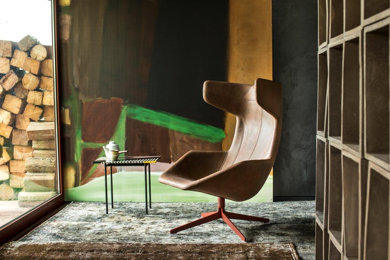 Italian Moroso Take a Line for a Walk Leather Revolving Armchair by Alfredo Häberli For Sale