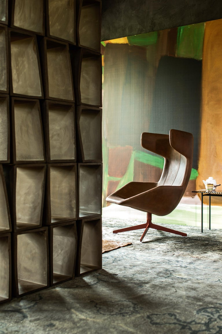 Moroso Take a Line for a Walk Leather Revolving Armchair by Alfredo Häberli In New Condition For Sale In New York, NY