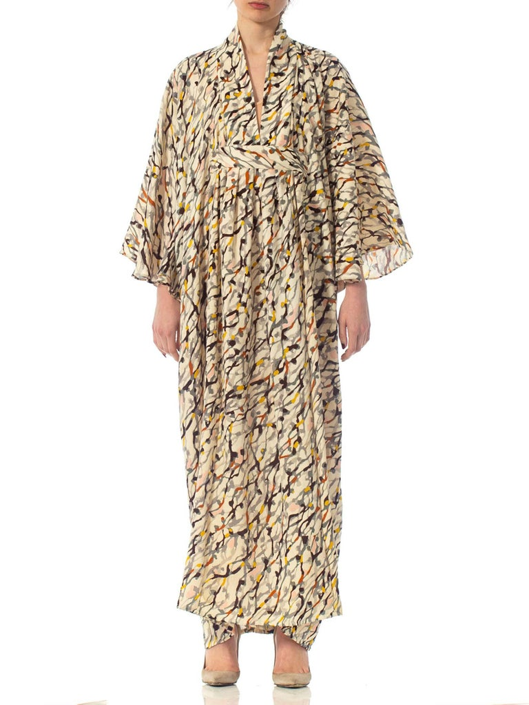 Morphew Collection Silk Kaftan Made From Vintage Japanese Kimono Fabric In Excellent Condition For Sale In New York, NY