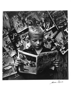 Comic Book Stand, New York, gelatin silver, lifetime print, signed