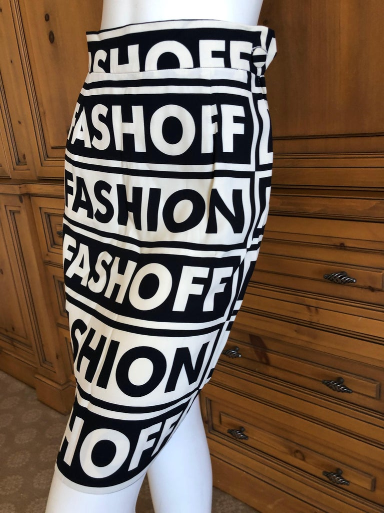 Women's Moschino Couture Iconic 1990 Museum Exhibited Fashion Fashoff Mini Skirt  For Sale