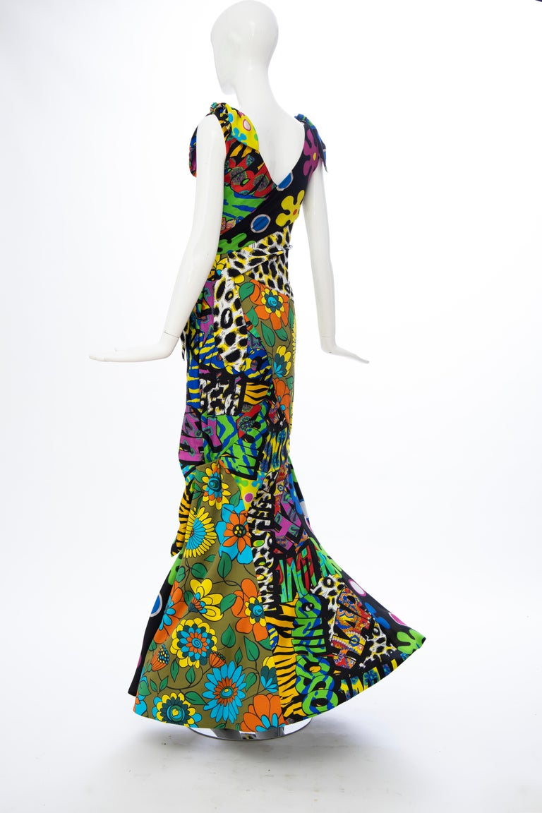 Moschino Couture Runway Silk Multi Printed High-Low Evening Dress, Resort 2017 For Sale 5