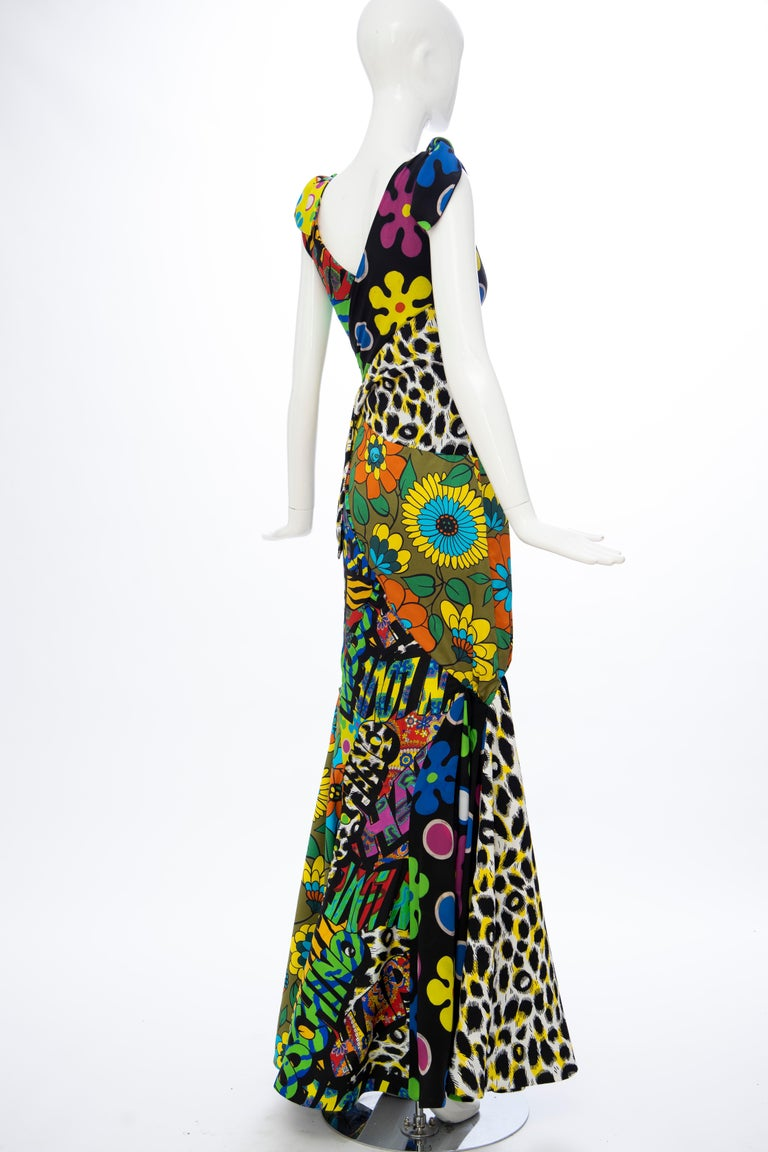 Moschino Couture Runway Silk Multi Printed High-Low Evening Dress, Resort 2017 For Sale 3