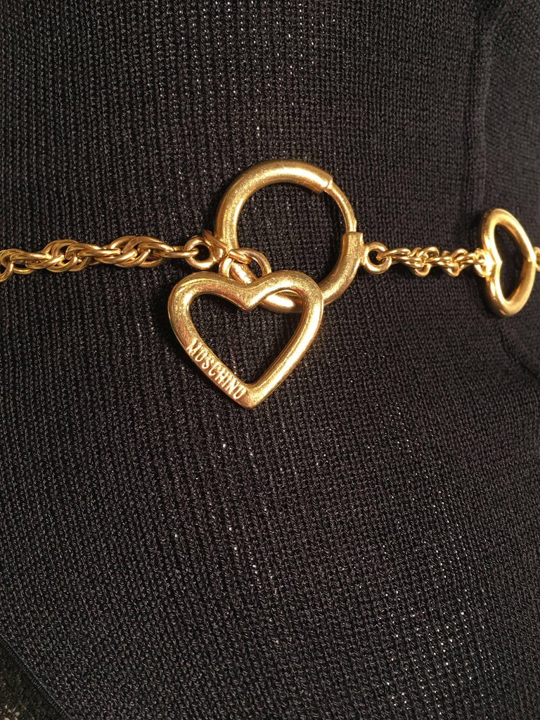 Moschino Gold Charm Chain Belt In Good Condition For Sale In Los Angeles, CA