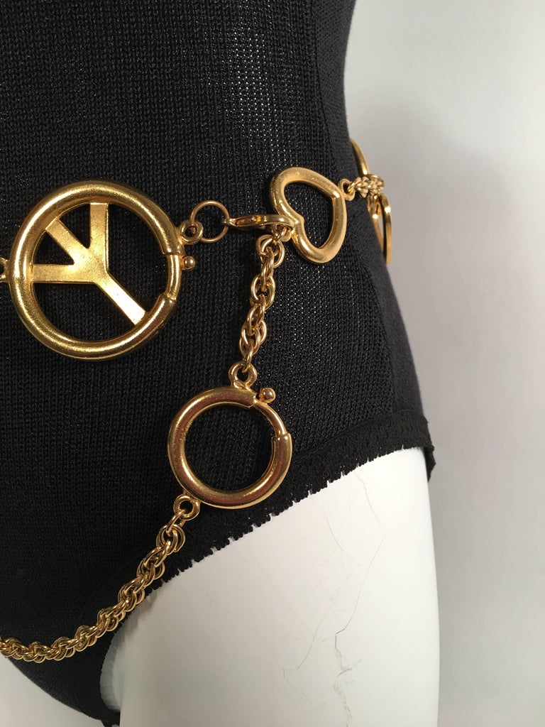 Women's or Men's Moschino Gold Charm Chain Belt For Sale