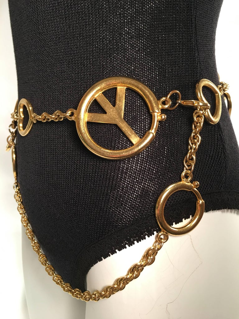 Moschino Gold Charm Chain Belt For Sale 3