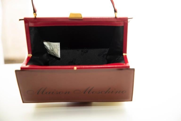 Moschino Haus geformte Griff an der Oberseite Lederhandtasche, ca.: 1991 10