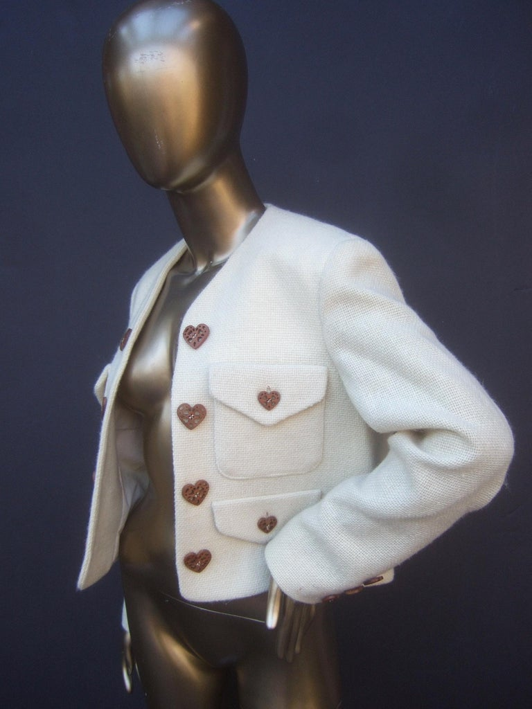 Moschino Italy Cream Laine Wool Wood Heart Button Cropped Jacket c 1990s For Sale 6