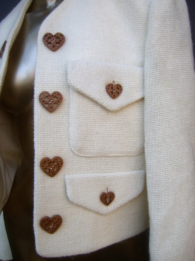 Moschino Italy Cream Laine Wool Wood Heart Button Cropped Jacket c 1990s For Sale 4