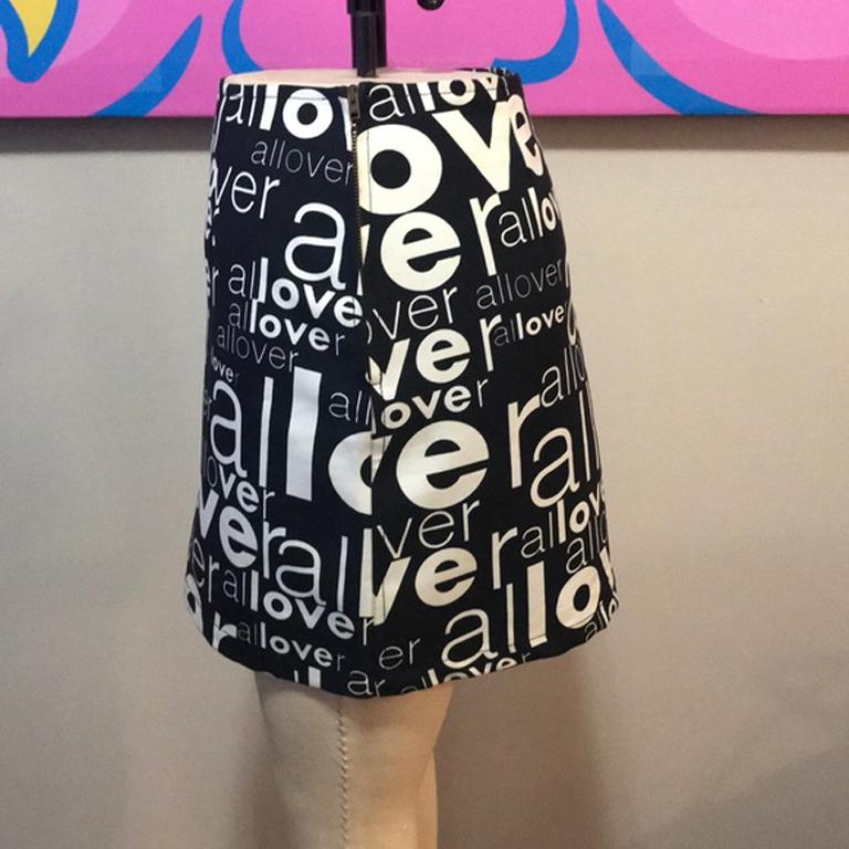 Moschino Jeans Black White Allover Mini Skirt For Sale 3