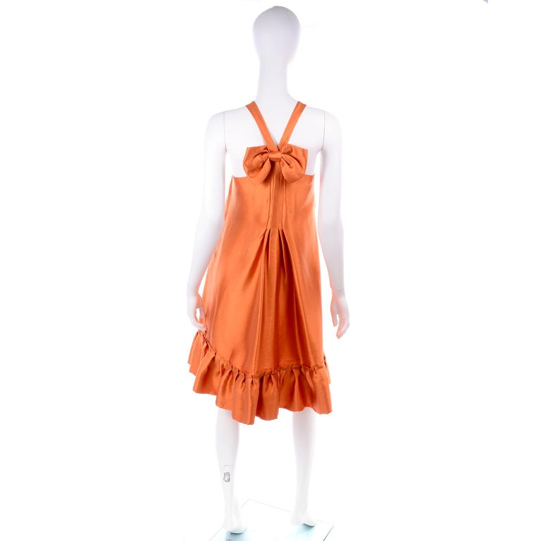 Moschino Orange Tent Dress W Ruffled Hem and Back Bow In Excellent Condition For Sale In Portland, OR