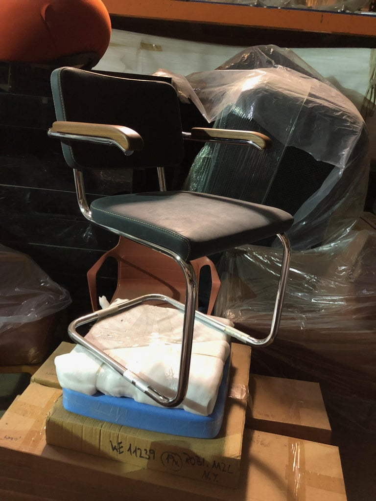 German Tubular Steel Classic Thonet Leather S64 Cantilever Armchair For Sale