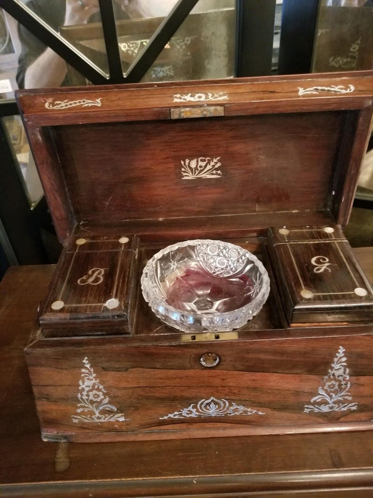 Mid-19th Century Mother of Pearl Inlay Tea Caddy For Sale