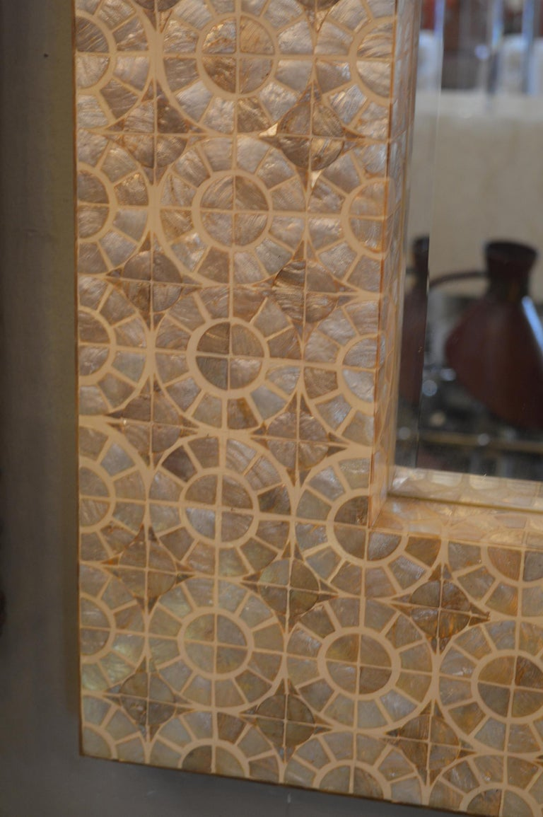 Mother of Pearl Mirror In Excellent Condition For Sale In Los Angeles, CA