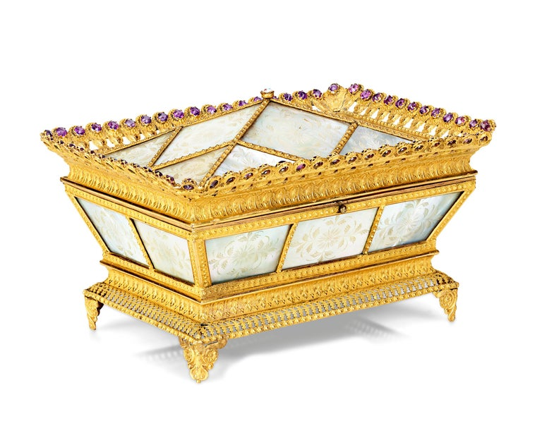 Other Mother-of-Pearl Sewing Nécessaire For Sale