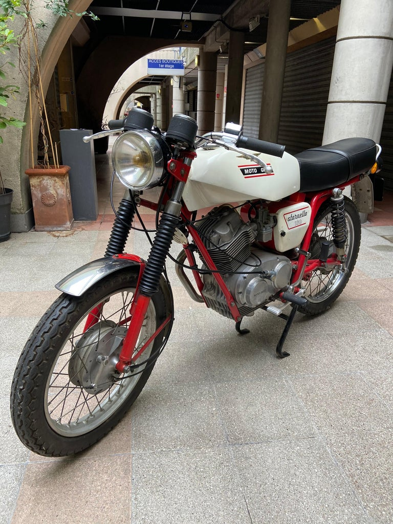 Sporting Art Motorbike Guzzi, Stornello 160 White, 1971 For Sale