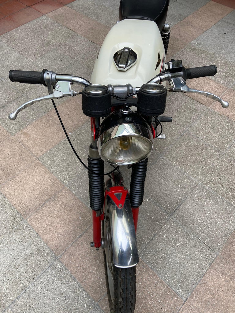 Metal Motorbike Guzzi, Stornello 160 White, 1971 For Sale