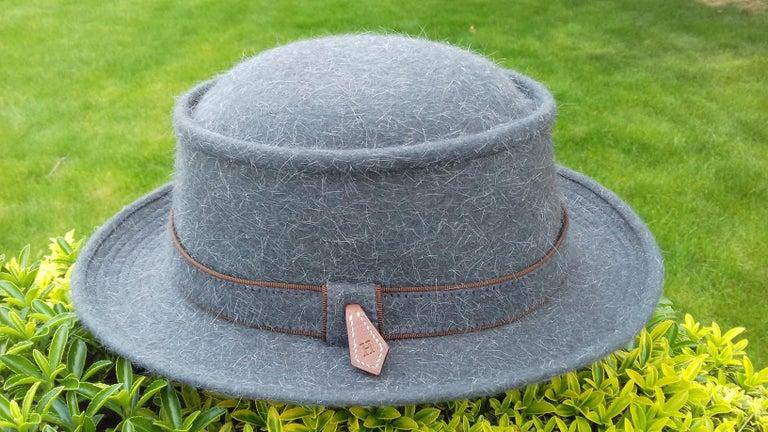Motsch Paris for Hermès Felt Hat Grey Size 56 For Sale 4