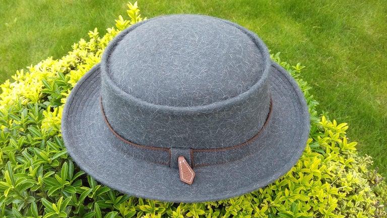 Motsch Paris for Hermès Felt Hat Grey Size 56 For Sale 5