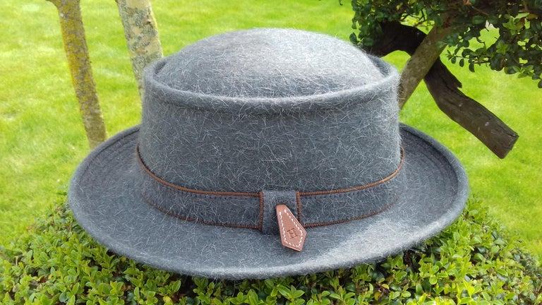 Motsch Paris for Hermès Felt Hat Grey Size 56 For Sale 8