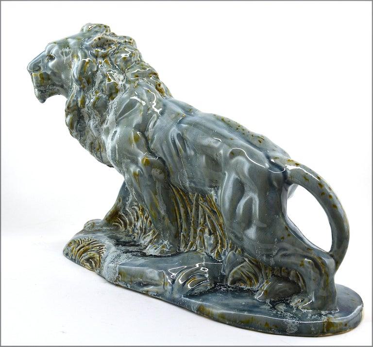 Moulin-des-Loups, Orchies, French Art Deco Ceramic Lion Statue, 1930s In Excellent Condition For Sale In Saint-Amans-des-Cots, FR