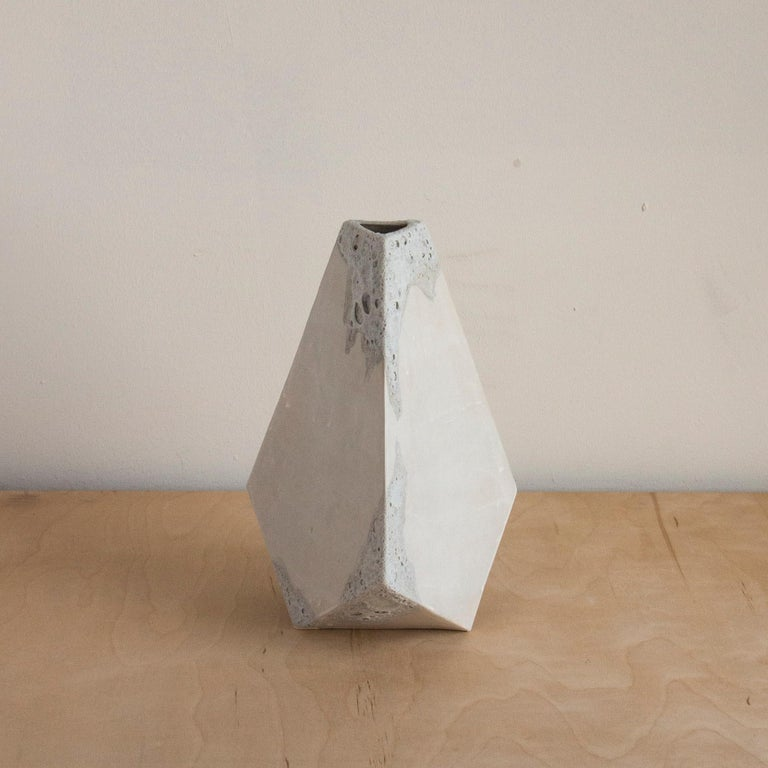 'Mountain' Textured White Geometric Ceramic Vases, Set of 3 In New Condition For Sale In Bronx, NY