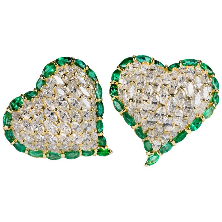 Moussaieff One-of-a-kind Diamond and Emerald Heart Earrings For Sale