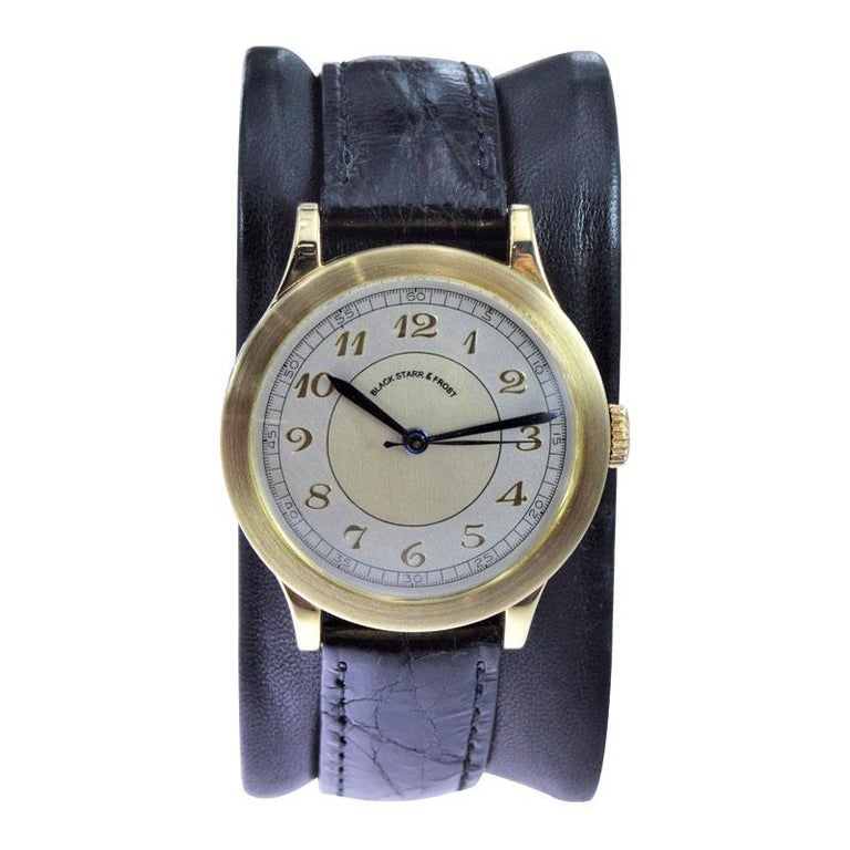 Women's or Men's Black Starr & Frost by Movado 14 Karat Gold Art Deco Watch, Original Dial, 1940s For Sale