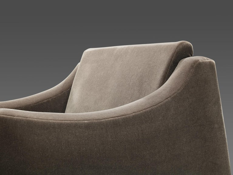 Móveis Cimo Lounge Chair in Antracite Velvet For Sale 2