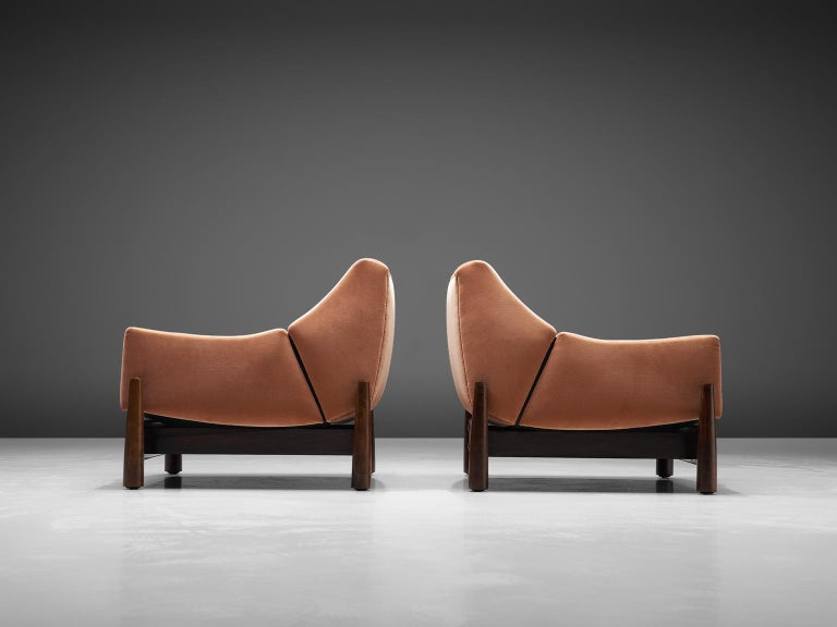 Mid-Century Modern Móveis Cimo Pair of Sculptural Lounge Chairs