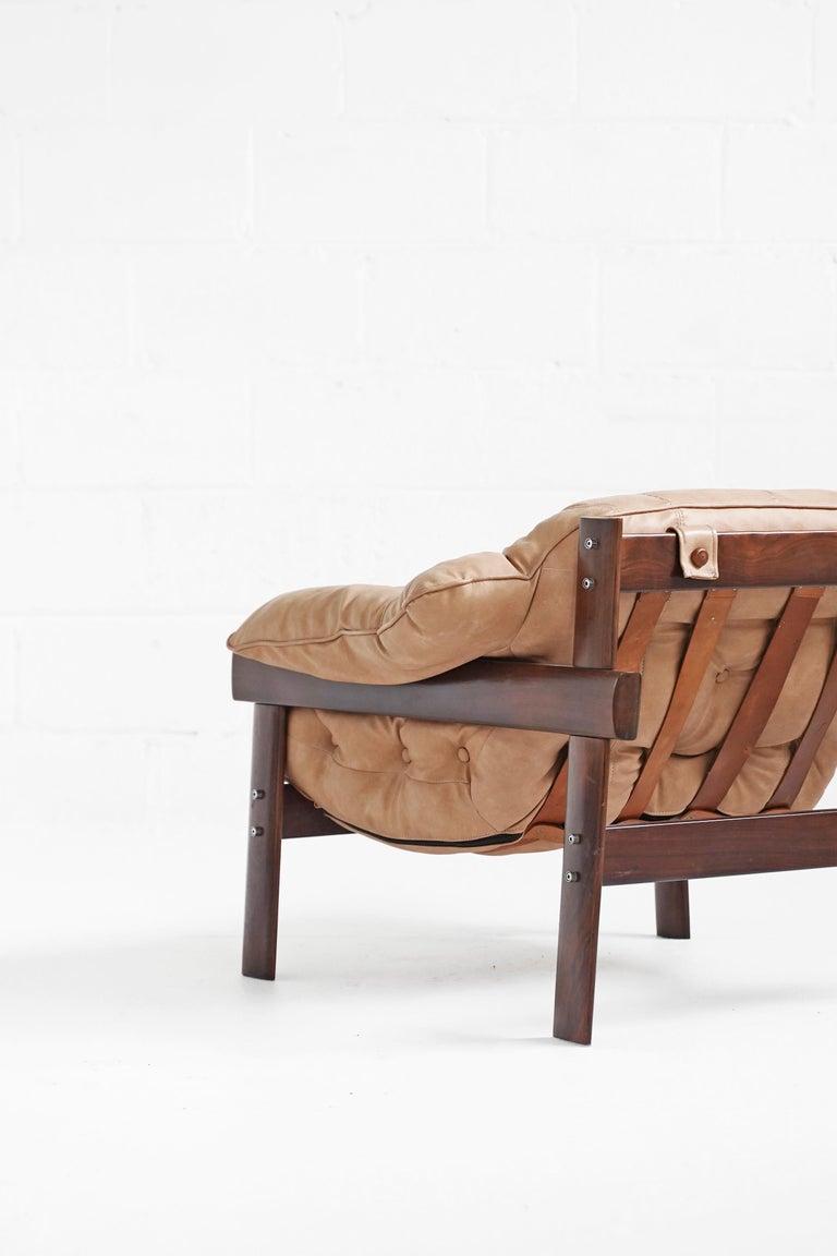 Mid-Century Modern MP-41 Lounge Chair by Brazilian Designer Percival Lafer for Móveis Lafer For Sale