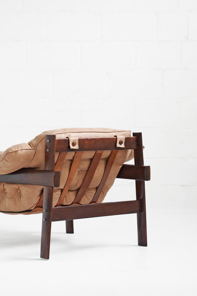 MP-41 Lounge Chair by Brazilian Designer Percival Lafer for Móveis Lafer In Good Condition For Sale In TORONTO, CA