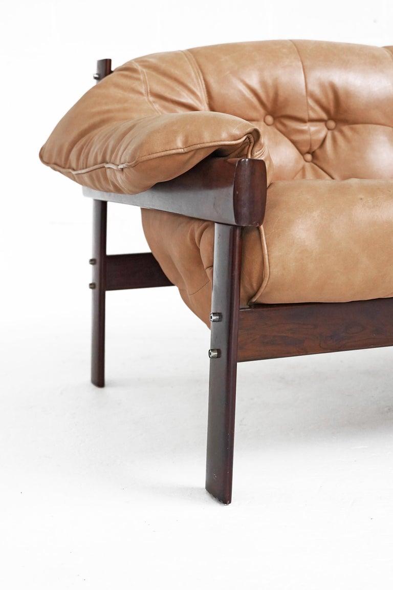 Mid-20th Century MP-41 Sofa by Brazilian Designer Percival Lafer for Móveis Lafer For Sale