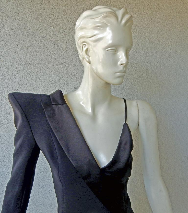 Mugler Iconic Sleek & Chic Tux Dress Gown  MUST HAVE!    NWT! In New Condition For Sale In Los Angeles, CA