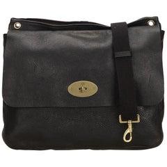Mulberry Black Leather Messenger Bag at 1stdibs de62cc5846a94