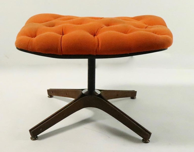 Mid-Century Modern Mulhauser for Plycraft Mr. Chair and Ottoman For Sale