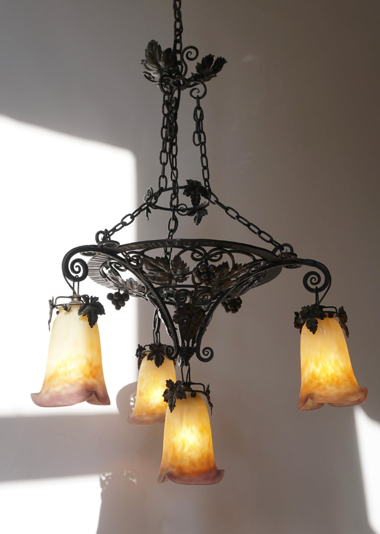 Muller Freres Art Deco Four-Light Chandelier In Good Condition For Sale In Antwerp, BE