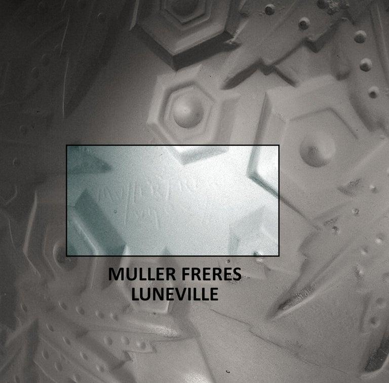 Muller Freres French Art Deco Pendant Chandelier, 1920s For Sale 1