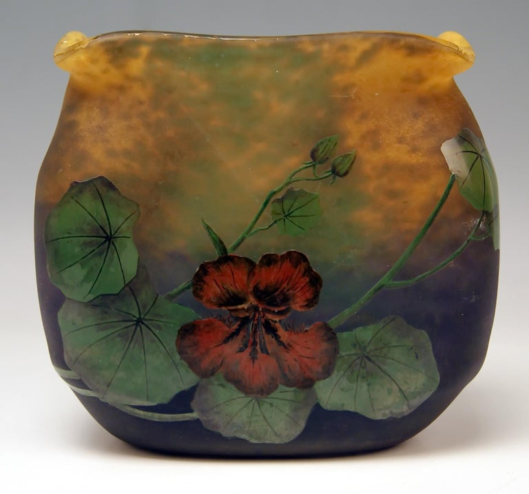 Muller Frères Cameo finest art glass squared vase of later Art Nouveau Period. Excellently decorated with Flowers' Blossoms (Nasturtium).  Manufactory:  Muller Frères, made in France, Croismare / Lunéville near Nancy, circa 1919-1925 .  Designer: