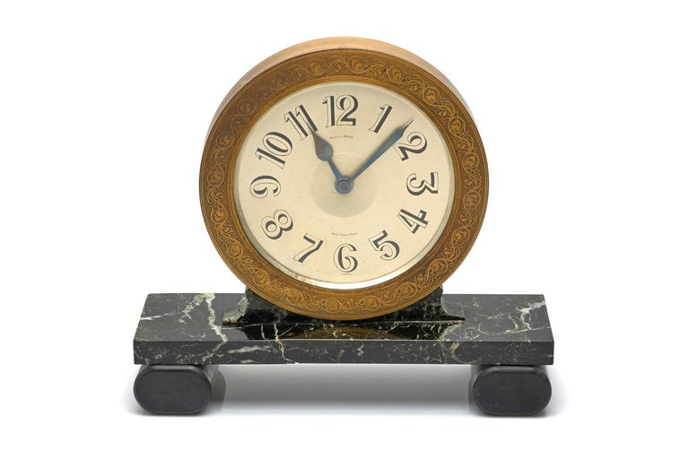 Mully & Rose Large Marble Mantle Clock In Excellent Condition For Sale In New York, NY