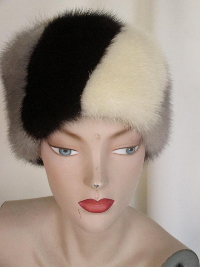 Multi-color Mink Fur Hat In Good Condition For Sale In Amsterdam, NL
