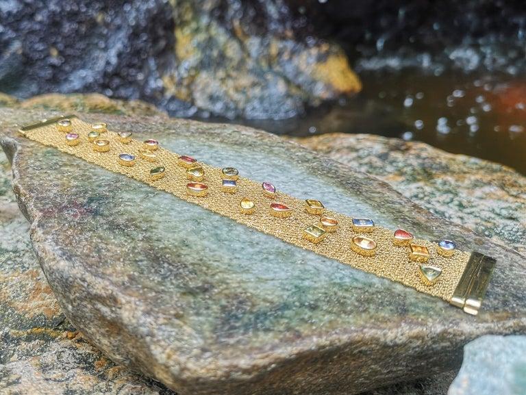 Multi-Color Sapphire Bracelet Set in 18 Karat Gold Settings For Sale 3