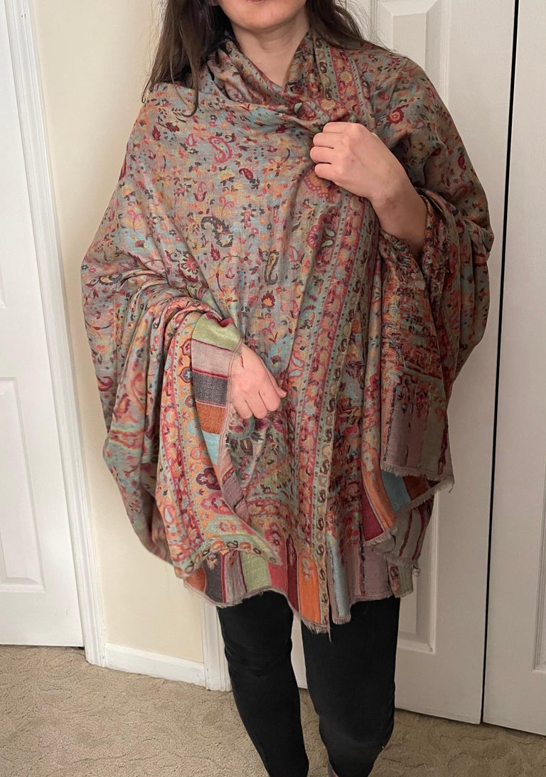 Multi Color Traditional Floral Kani Pashmina Shawl 83X42 Inches For Sale 7