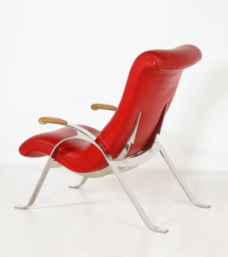 Multi-Position Reclining Chair in Red Offered by Vladimir Kagan Design Group For Sale 2