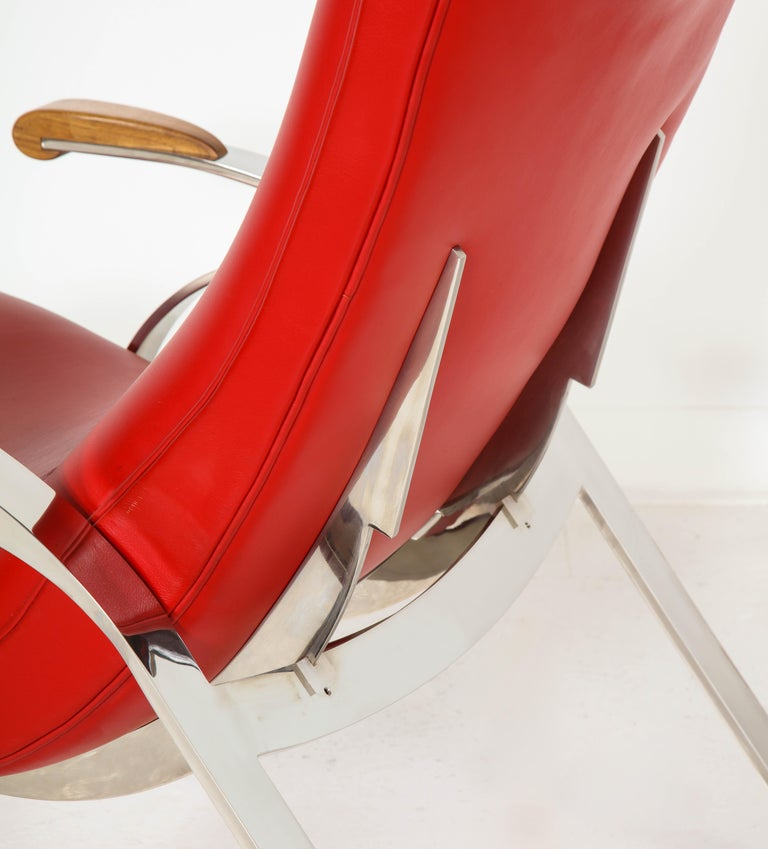 Multi-Position Reclining Chair in Red Offered by Vladimir Kagan Design Group For Sale 3
