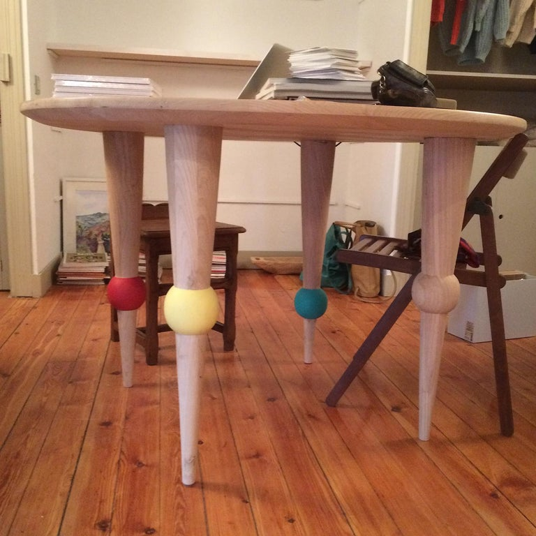 Modern Multicolored Ball Dining Table For Sale